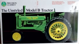 John Deere B ongestyld  Prec model No 24 ERTL15487.