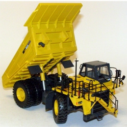 KOMATSU HD605 self-propelled Dumper Scale 1:50