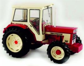 IH 554  4WD + Cabine REP199