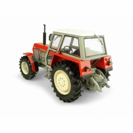 Ursus 1204 tractor. UH5283. Schaal 1:32