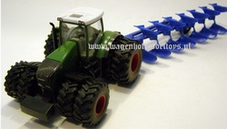Fendt 936 on 8 wheels +7 Scissor plow reversible. SI1955 Siku Scale 1:50