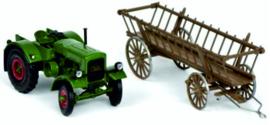 Deutz F3M417 tractor met hooiwagen SC7820. 1 :32
