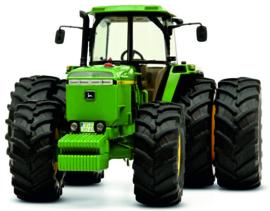 John Deere 4755 tractor op dubbellucht SCHUCO SC07789 1:32.