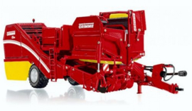 Grimme SE260 2 row pulled miter harvester with bunker