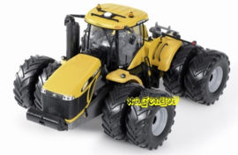 Challenger MT975E USK10615 Scale 1:32