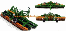 Amazon Catros 6001-2TS UH4095 Universal Hobbies Scale 1:32