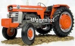 Massey Ferguson 175 tractor  Universal Hobbies.  Schaal 1:16