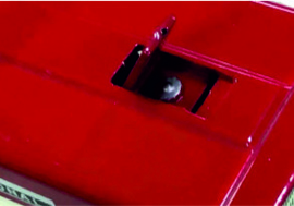 International 624 2WD met chauffeur REP600 schaal 1:16