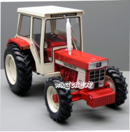 IH844 tractor FWD.  REP071.  Replicagri Schaal 1:32