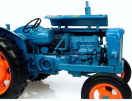 Fordson Power Major.  Universal Hobbies  UH2640  Schaal 1:16