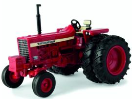 International Harvester farmall 756 2WD ERTL 44131 1:32
