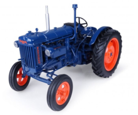 Fordson E27N.  Universal Hobbies  UH2638. Schaal 1:16