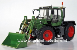 Fendt Xylon 522 with front loader W-1019 Weise Toys Scale 1:32