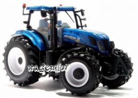 New Holland T7.220 tractor BR42887 Britains (TOMY) Scale 1:32