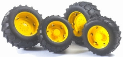 Yellow wheels for 02000 series tractors. Bruder BRU02012 Scale 1:16