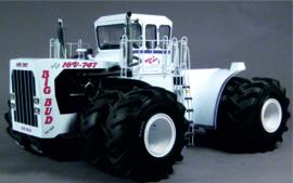 BIG BUD 16V-747 Modern Field Edition Toy Farmer ERTL40039 1:64