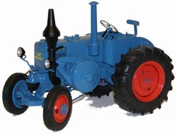 Lanz Bulldog 9506 tractor in blue. SC00130 Scale 1:18