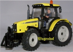 Massey Ferguson 5460 Dyna4 Highway Yellow spalding oct 2010 Schaal 1:32