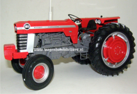 Massey Ferguson 165 USA ( UH4053).  Universal Hobbies.  Schaal 1:16