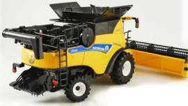 New Holland CR 9.90 maaidorser BR43192 schaal 1:32