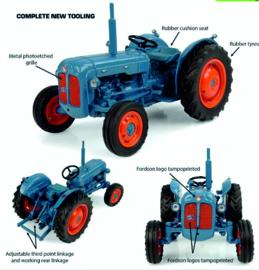 Fordson Dexta tractor 1958 UH6272 1:32.