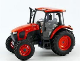 Kubota M5-111 tractor UH4874 van Universal Hobbies Schaal 1:32