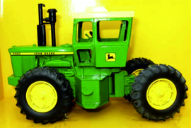 John Deere 7020 single-wheel tractor ERTL15610 1:32.