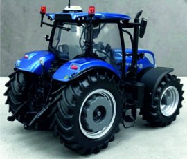New Holland T7.225 Blue Power op brede banden UH4976 Custom.