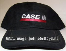 Case IH cap zwart zilveren IH en rode sandwich in de rand van de klep.