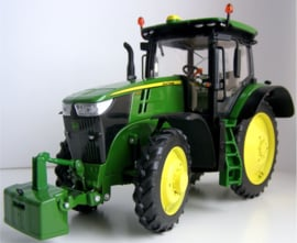 JD 7310R op cultuurwielen. TFM0205 custom build Wiking model.