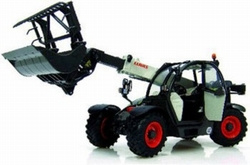 Claas Scorpion 6030 with box and clamp Universal Hobbies Scale 1:32