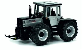 MB-Trac 1800 intercooler Zilvergrijs/ Zwart SC7607 1:32 Schuco.