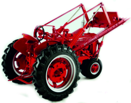 Farmall MD tractor with front loader prec model no: 10 ERTL 4599 1:16.