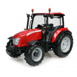 McCormick X 4.70 tractor UH4945.  Universal Hobbies Schaal 1:32