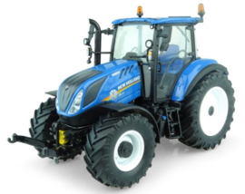 NH T5.110 tractor UH5264. With front linkage Scale 1:32
