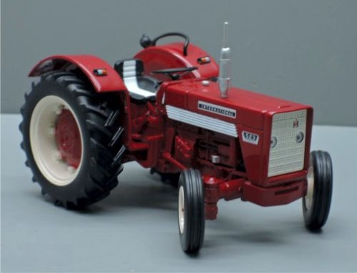 IH 523 tractor. 2WD Replicagri REP135 Schaal 1:32