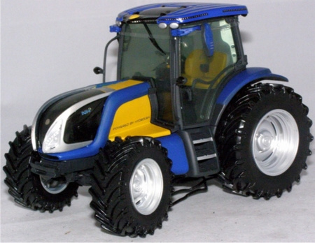 New Holland Hydrogen waterstoftractor Ros30125 Schaal 1:32