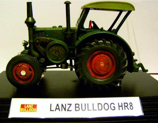 Classic serie Lanz Bulldog HR8  Si4456 1:32