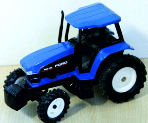 New Holland 8670 tractor ERTL313N 1:32