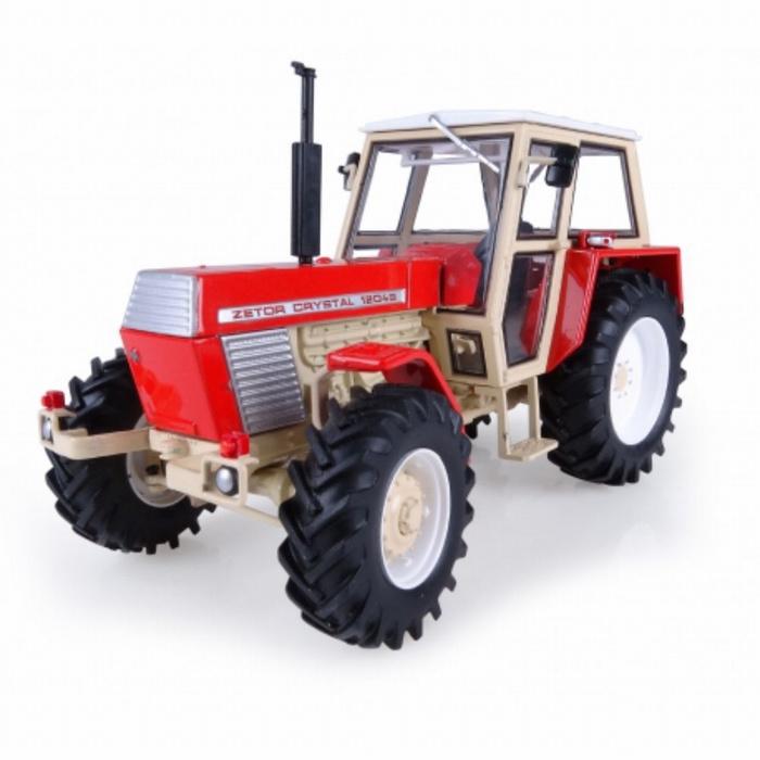 Zetor Crystal 12045 tractor UH4949 Universal hobbies Schaal 1:32