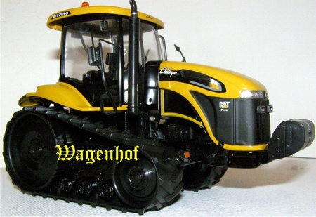 Challenger MT765C crawler tractor NOR58616 Scale 1:32