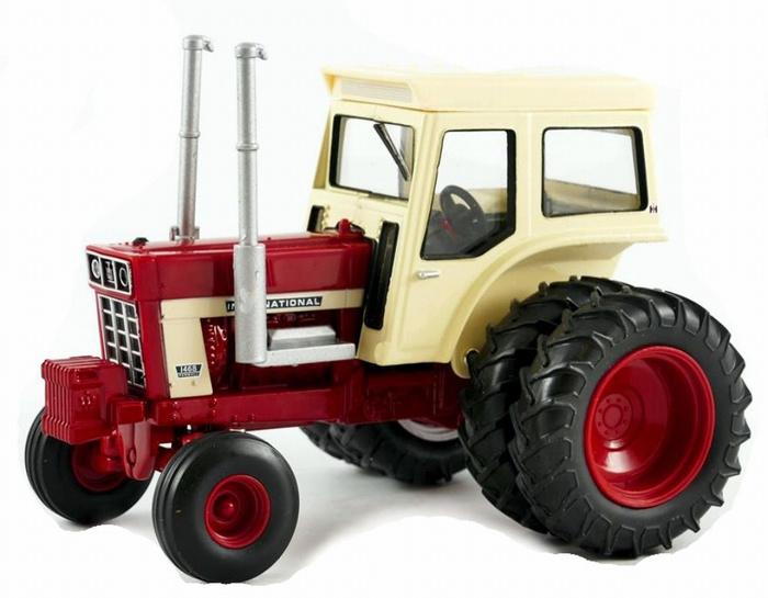 Farmall 1468 tractor Ertl. ERT14942. Schaal 1: