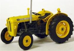 Massey Ferguson 35 X yellow (industrie tractor)  Universal Schaal 1:32