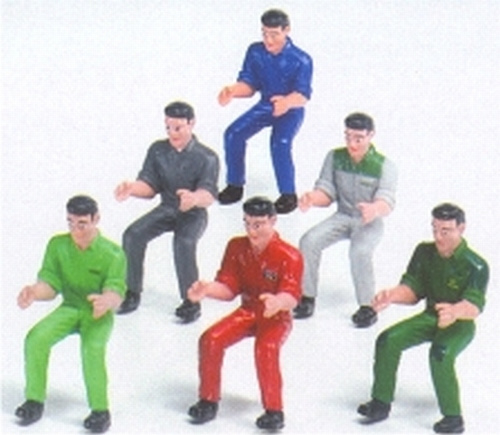 Tractor drivers (set of 6 drivers Scale 1:32