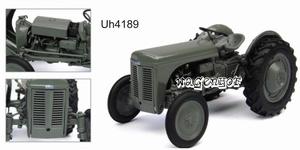 Ferguson TEA20 tractor  UH4189   Universal Hobbies Schaal 1:32