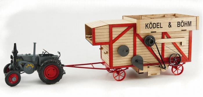 Lanz bulldog with threshing machine. Schuco.SC8989 Scale 1:32