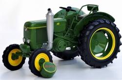 Societé Francaise Vierzon 201 tractor  Replicagri.  Schaal 1:16