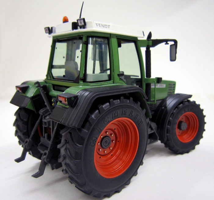 Fendt Favorit 514C Weise Toys Scale 1:32