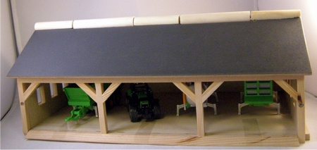 Field shed 3 compartments - Kids Globe KG610224 Scale 1:32