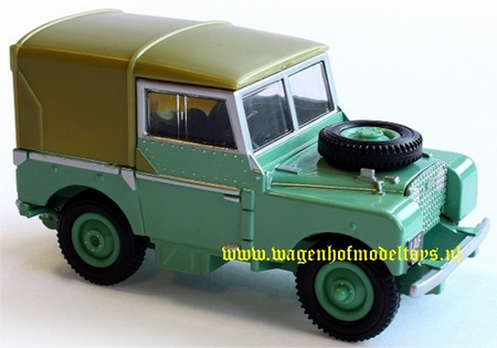 Landrover series 1 with hood BR42848 Britains Scale 1:32